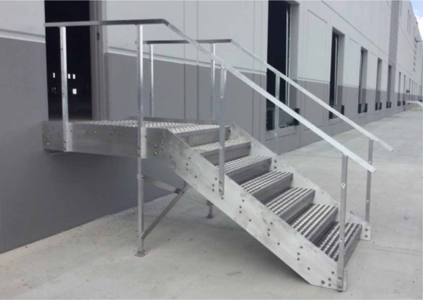 Charmant Warehouse Loading Dock Stairs | True Step